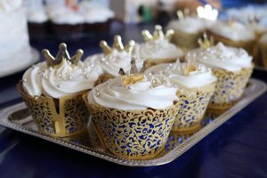 prince baby shower cupcakes